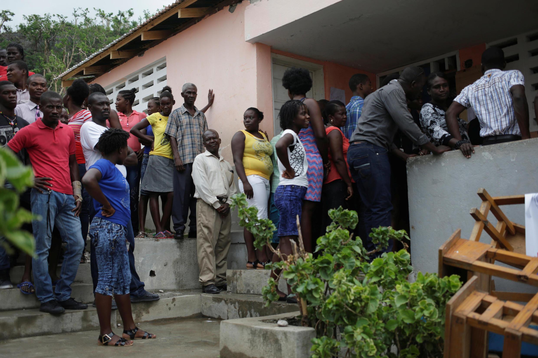 Un bureau de vote à Port-a-Piment, le 20 novembre 2016.