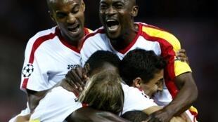 Les Sévillans heureux de leur qualification en 8es de finale.