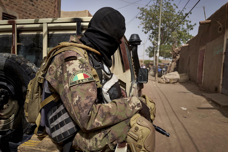 Mali - soldat - militaire - armée