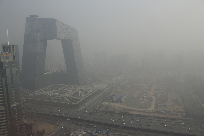 Khói mù ô nhiễm tại Bắc Kinh ngày 04/03/2014.