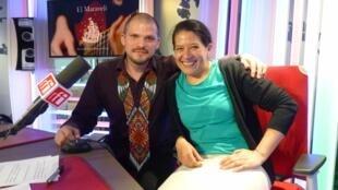 Sebastián Villanueva y Catalina Pineda en los estudios de RFI