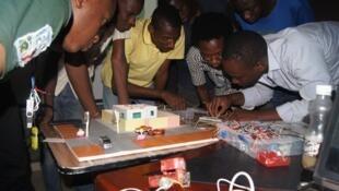 Au Mali, la robotique attire les jeunes scientifiques.