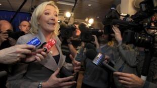 Лидер французского ультраправого Национального Фронта Марин Ле Пен
