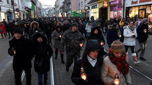 Cuộc tuần hành tưởng nhớ phóng viên điều tra Jan Kuciak và bạn gái bị sát hại, ngày 28/02/2018 tại Bratislava, Slovakia.