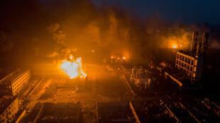 已造成至少68人丧生的江苏响水化工厂大爆炸现场