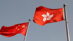 港版国安法颁布后,香港风声鹤唳。身为政府部门之一的香港电台,2021年初传出广播处长下令不可访问近期被捕民主派人士。