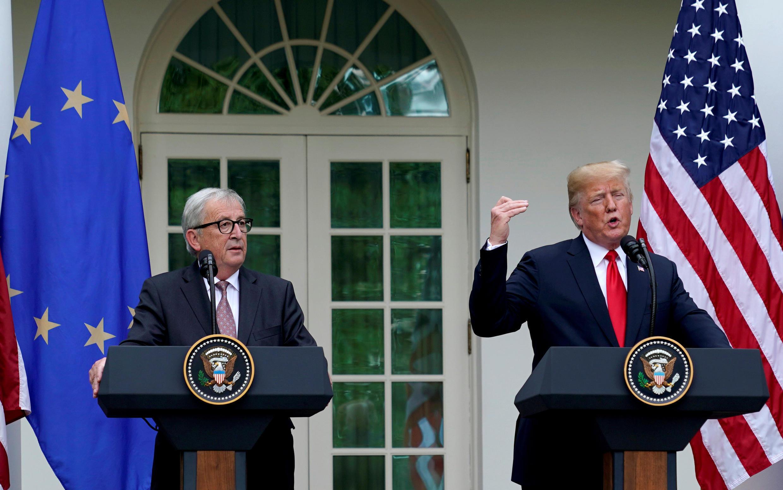 El presidente de Estados Unidos Donald Trump y el presidente de la Comisión Europea Jean-Claude Juncker en la Casa Blanca, Washington, el 25 de julio de 2018.
