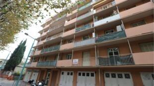 Дом в Швейцарии, в котором проживал арестованный по подозрению в подготовке терактов 27-летний швейцарский имам. 7 ноября 2017