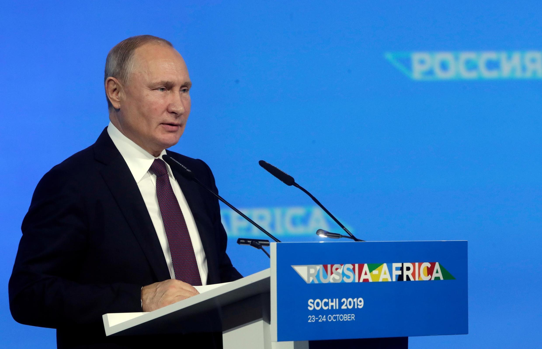 Президент России Владимир Путин на саммите в Россия-Африка в Сочи, 23 октября 2019 года