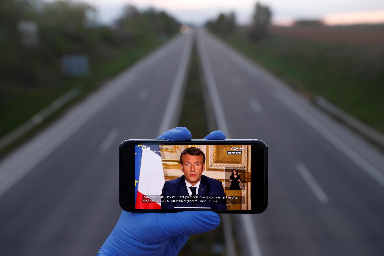 Вечером в понедельник, 13 апреля, президент Франции Эмманюэль Макрон выступил с телеобращением к жителям страны.
