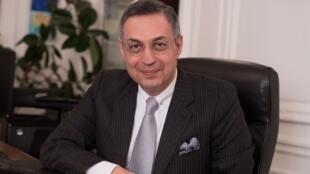 اردوان امیر اصلانی، حقوقدان و وکیل دادگستری در فرانسه