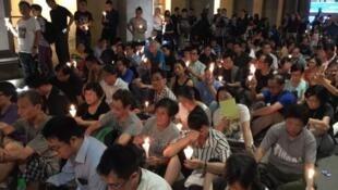 香港支聯會2017年6月29日舉行燭光集會要求讓劉曉波出國治病