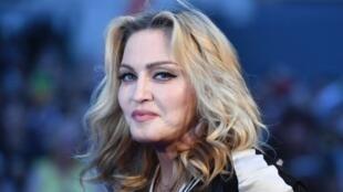 Mwimbaji na mtunzi wa nyimbo, Madonna