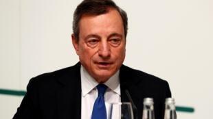 Le Premier ministre italien Mario Draghi a nommé un militaire, le général Francesco Paolo Figliuolo, au poste de «commissaire à l'urgence Covid» chargé de coordonner la lutte contre la pandémie dans la péninsule.