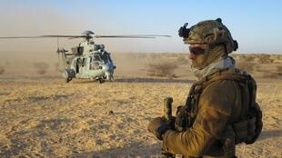 French commandos in the Sahel.