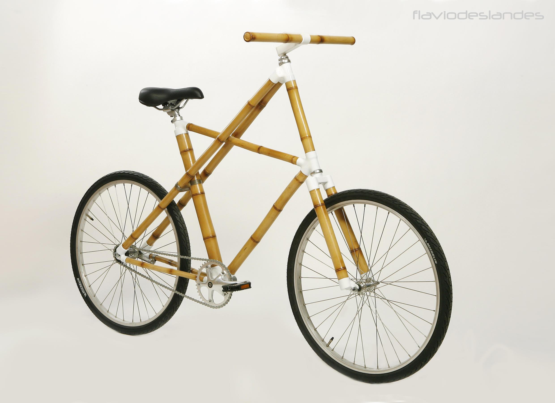 """A bicicleta """"Bamboo Comfort"""", criada por Flávio Deslandes, que virou peça do Museu de Desing da Dinamarca."""