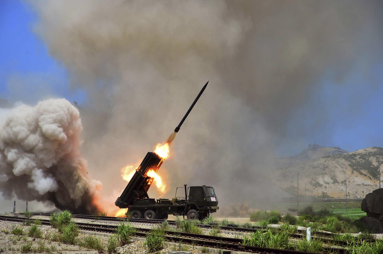 A Coreia do Norte utiliza frequentemente tiros de mísseis de curto alcance para mostrar seu descontentamento contra  a Coreia do Sul