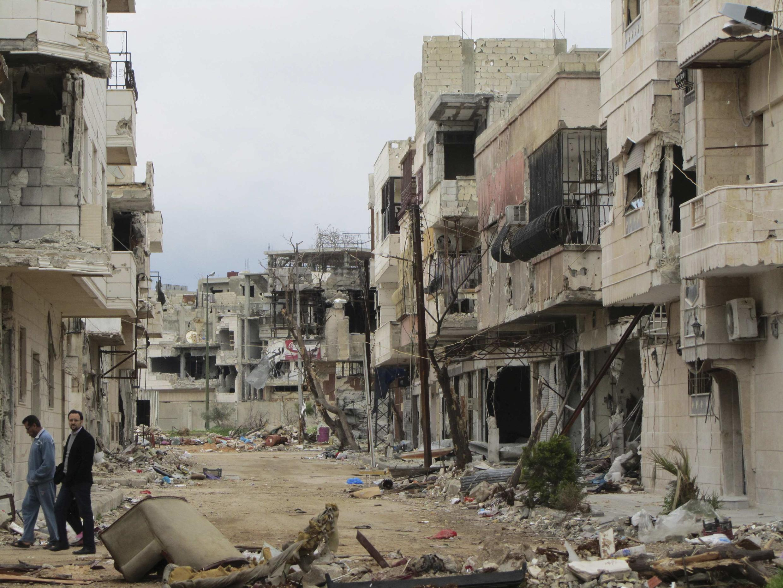 O distrito de Inshaat totalmente destruído, na cidade de Homs, núcleo da resistência ao governo de al-Assad, em foto desta terça-feira.