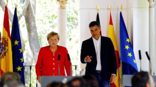 Thủ tướng Tây Ban Nha Pedro Sanchez đón đồng nhiệm Đức Angela Merkel, tại Andalousie, miền nam Tây Ban Nha, ngày 11/08/2018.
