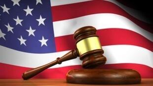 دادگستری آمریکا فرمان ضبط محموله های چهار کشتی نفتکش ایران را صادر کرد.