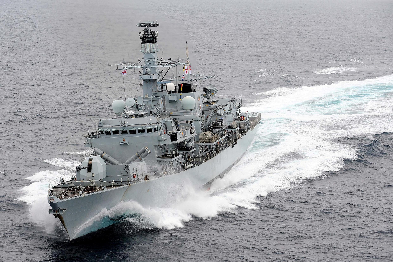 """ناوچۀ انگلیسی """"اچ.ام.اس مونتروز"""" (HMS Montrose)"""
