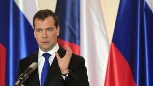 Thủ tướng Nga Dmitri Medvedev (REUTERS)