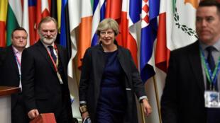 Thủ tướng Anh Theresa May rời Hội Nghị Thượng Đỉnh Liên Hiệp Châu Âu tại Bruxelles (Bỉ) ngày 20/10/2017.