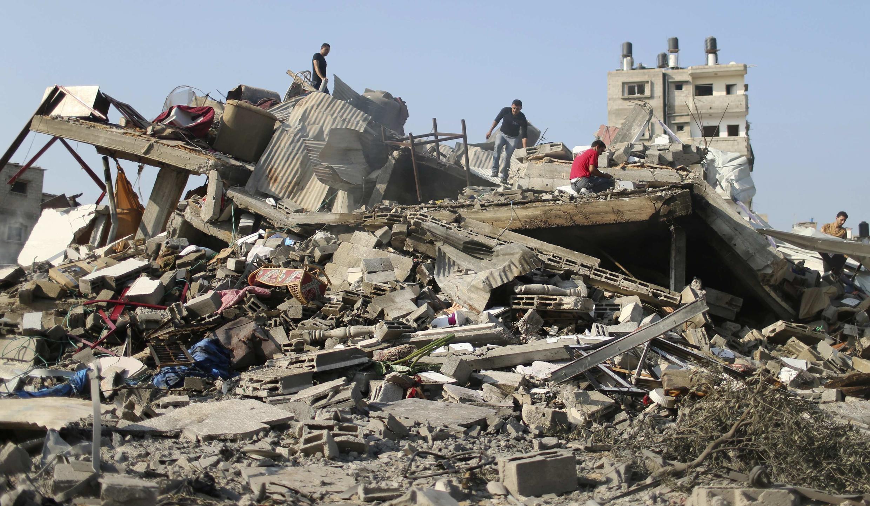 Cảnh đổ nát tại dải Gaza sau khi Israel oanh kích, ngày 23/08/2014.