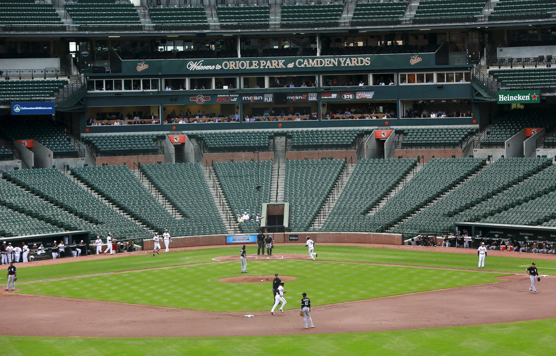 Pour la première fois dans l'histoire des Etats-Unis, un match de baseball s'est déroulé sans public à Baltimore, mercredi 29 avril 2015.