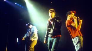 Adam Yauch (MCA), Mike Diamond (Mike D) et Adam Horovitz (Ad-Rock) des Beastie Boys.