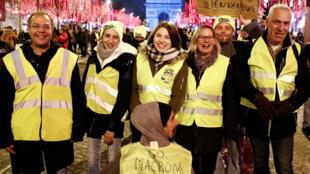 Des gilets jaunes sur les Champs-Elysée le 31 décembre 2018.