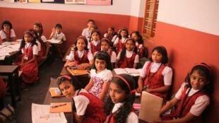 Salle de classe de l'école Ste-Thérèse de Cochin.