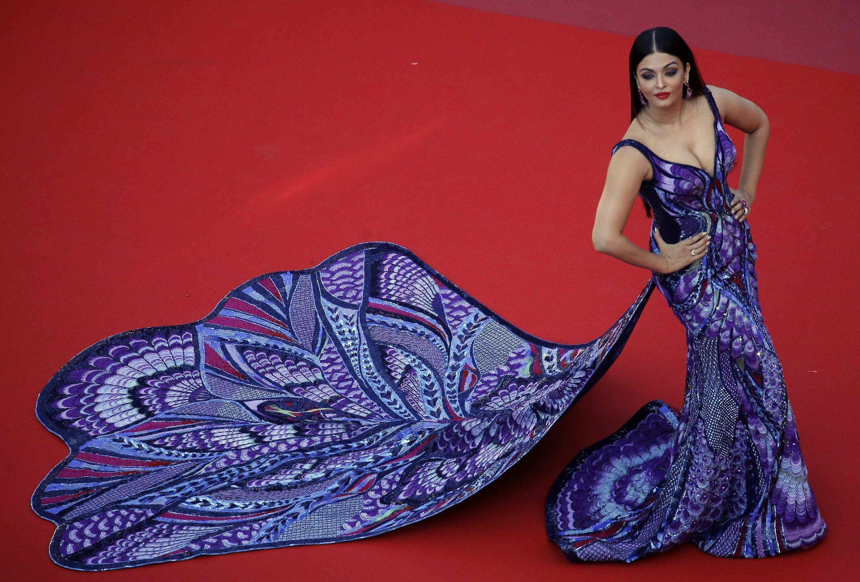 آیشواریا رای، بازیگر هندی، روی فرش قرمز کن