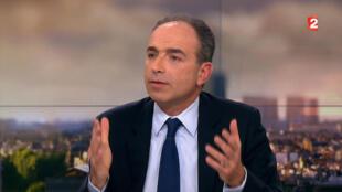 Jean-François Copé sur le plateau de France 2, le 14 février 2016, au moment de l'annonce de sa candidature à la primaire de la droite et du centre.