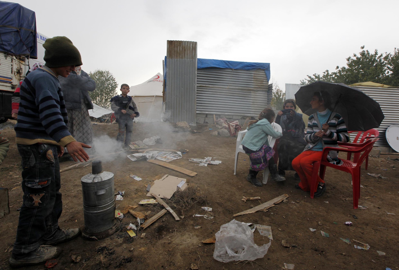 Le séisme qui a frappé la Turquie dimanche 23 octobre 2011 a tué plus de 400 personnes et laissé sans abri des dizaines de milliers d'habitants.