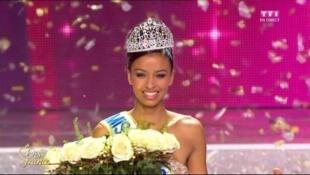 Reprodução de vídeo mostra Flora Coquerel, 19 anos, a nova Miss França.