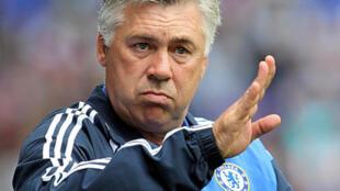 Carlo Ancelotti Lokacin da yake aikin Horar da 'Yan wasan Chelsea