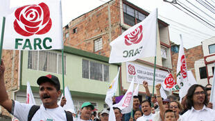 Partidários do agora partido político das Farc fazem campanha para as eleições legislativas que acontecem neste domingo, 11 de março de 2018, na Colômbia.