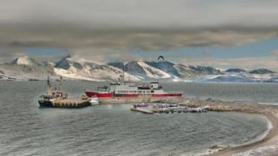 O arquipélago de Svalbard, no Oceano Ártico.