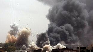 Tripoli a fait l'objet de bombardements intensifs de l'OTAN jusqu'à sa chute aux mains du CNT.