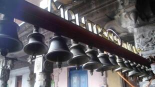 Cloches de sanctuaire, Chidambaram.