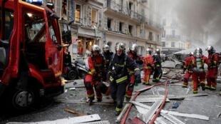 巴黎九區一聲巨響,幾乎全部炸毀居民樓下的麵包店   初步判定是燃氣泄漏引發爆炸    2019年1月12日
