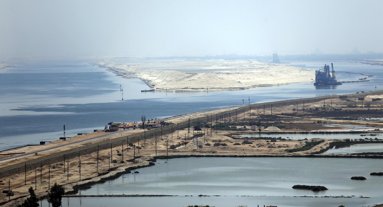 Kênh đào Suez nhìn từ trên không, 06/08/2015.