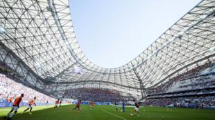 L'Olympique de Marseille appartient désormais à l'américain Franck Mc Court.