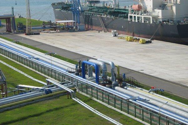 Нефтяной терминал в Кулеви