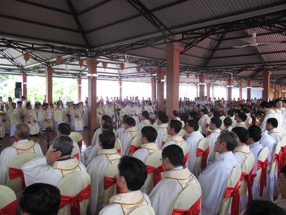 Cầu nguyện cho giáo dân Mỹ Yên
