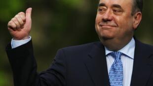 Le leader du Parti national écossais (SNP), Alex Salmond, aux anges après les résultats du scrutin.