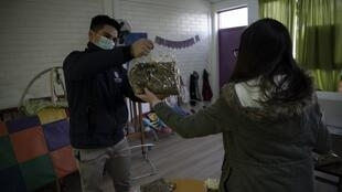 Chili : à cause du coronavirus, les soupes populaires sont prises d'assaut