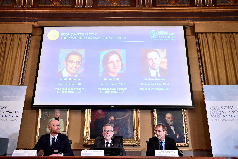 Os laureados são a francesa Esther Duflo, o indiano Abhijit Banerjee e o americano Michael Kremer pelos seus estudos sobre a redução da pobreza no mundo.
