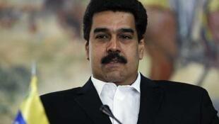 La crisis empezó cuando el Gobierno paraguayo acusó al actual canciller y vicepresidente de Venezuela, Nicolás Maduro, de haber arengado a jefes militares paraguayos para alzarse contra la decisión del Congreso de destituir a Lugo.
